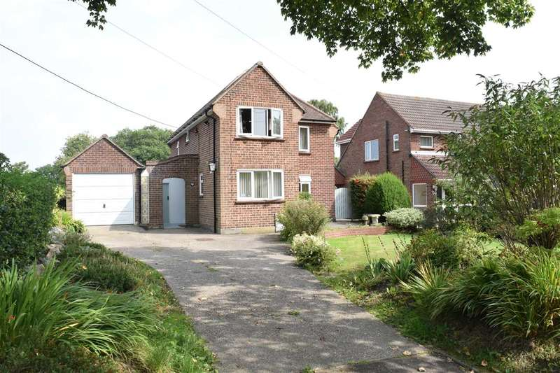3 Bedrooms Detached House for sale in The Street, Galleywood, Chelmsford