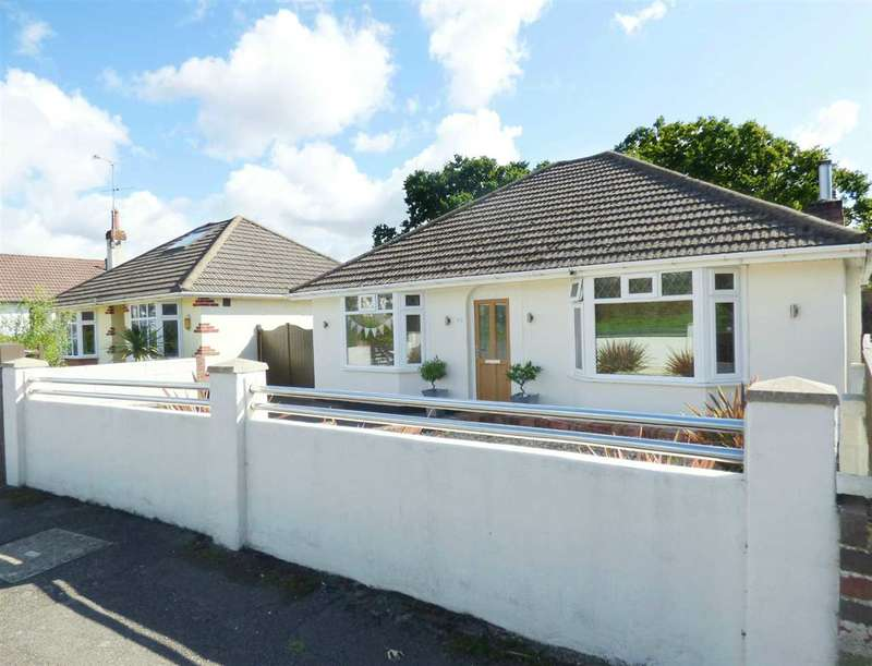 3 Bedrooms Bungalow for sale in DETACHED THREE BEDROOM BUNGALOW - WITH LOFT ROOM - GOOD SIZE PLOT