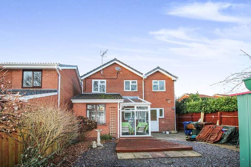 4 Bedrooms Detached House for sale in Clover Meadows, Heath Hayes, Cannock, WS12