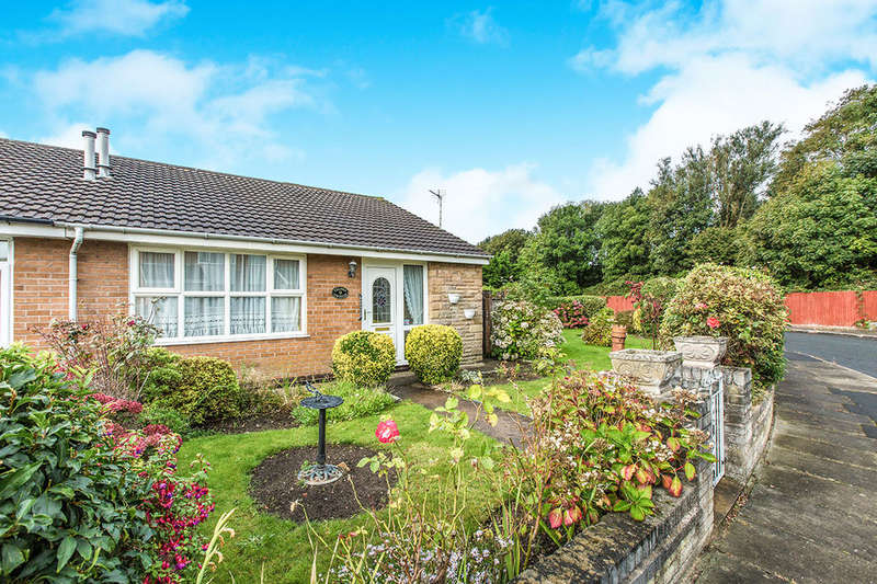 2 Bedrooms Semi Detached Bungalow for sale in Speyside, Blackpool, FY4