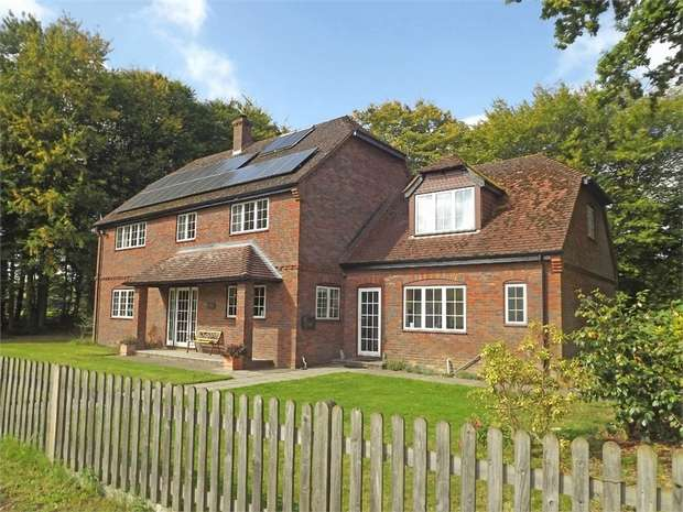 5 Bedrooms Detached House for sale in Smarden, Ashford, Kent