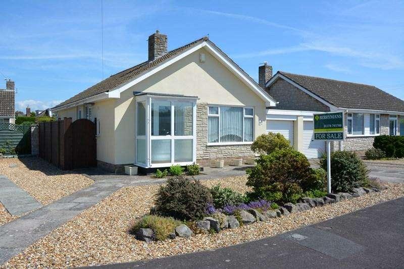 2 Bedrooms Bungalow for sale in Links Gardens, Burnham-On-Sea
