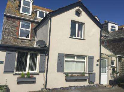 1 Bedroom End Of Terrace House for sale in Atlantic Road, Tintagel, Cornwall