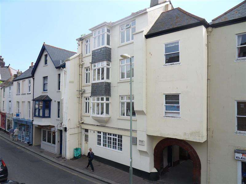 2 Bedrooms Flat for sale in Lower Street, Dartmouth