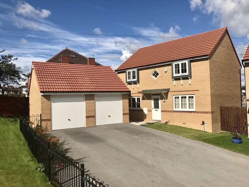 4 Bedrooms Detached House for sale in Foreman Road, Wakefield