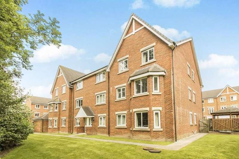 2 Bedrooms Flat for sale in Prospect Mews, Morley, Leeds, LS27