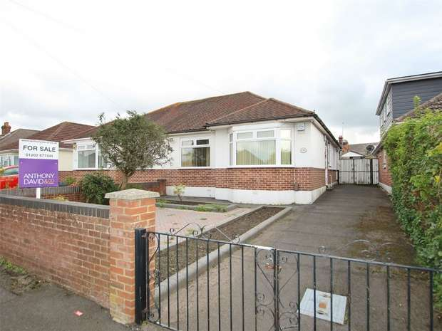 2 Bedrooms Semi Detached Bungalow for sale in Dingley Road, Oakdale, POOLE, Dorset