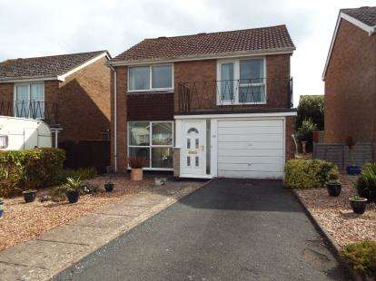4 Bedrooms Detached House for sale in Paignton, Devon, .