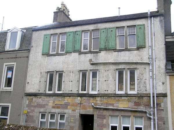 1 Bedroom Flat for sale in 16 (Top) George Street, Millport, KA28 0BE