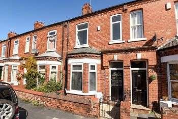 2 Bedrooms Terraced House for sale in Cromer Street, York, YO30, 6