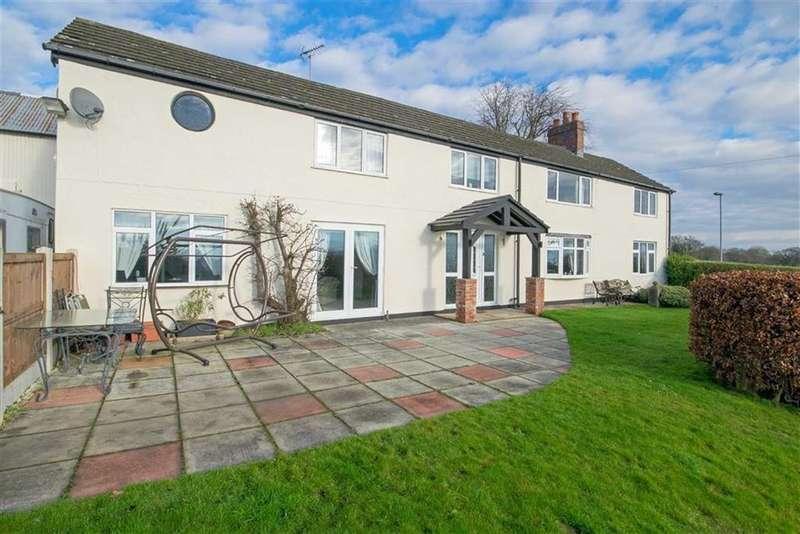 4 Bedrooms Detached House for sale in Padeswood Road, Buckley, Buckley
