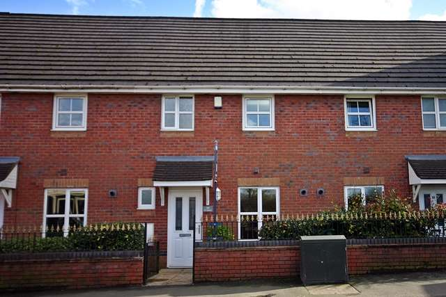 3 Bedrooms Mews House for sale in St Johns Road, Lostock, BL6