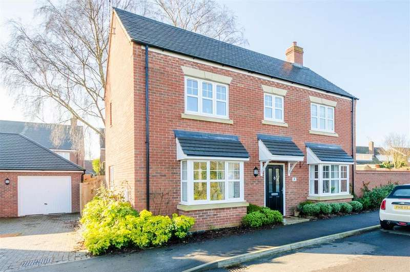 4 Bedrooms Detached House for sale in Church Farm Close, Cosby, Leicester