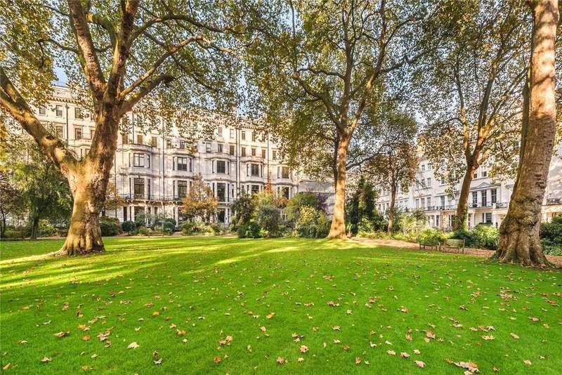 3 Bedrooms Flat for sale in Ennismore Gardens, London