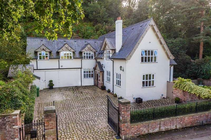 5 Bedrooms Detached House for sale in Mottram Road, Alderley Edge