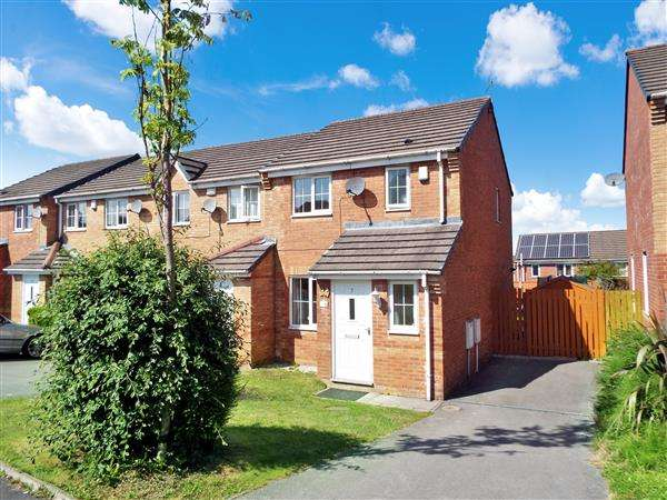 3 Bedrooms Semi Detached House for sale in Woolmore Avenue, Oldham