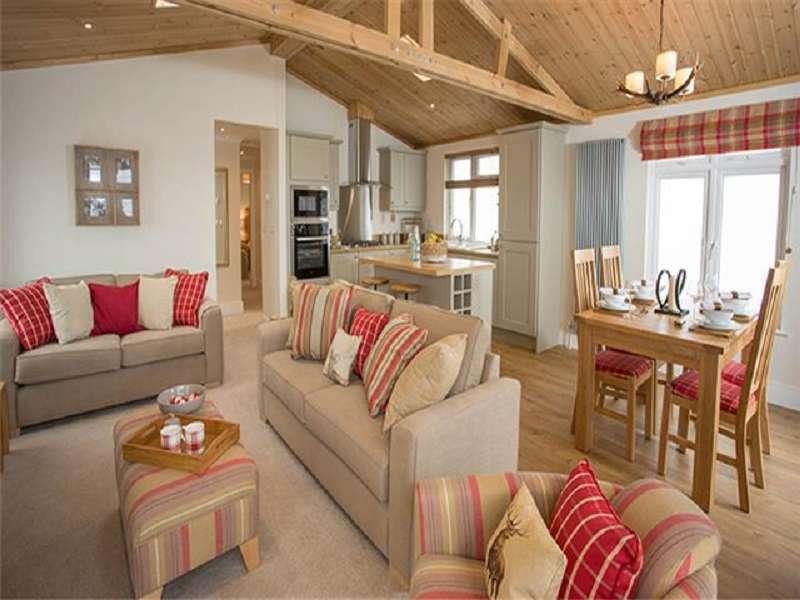 2 Bedrooms Park Home Mobile Home for sale in Burgh Road, Skegness, Lincolnshire. PE25 2LA
