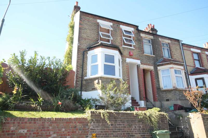 3 Bedrooms End Of Terrace House for sale in Sandcliff Road, Erith