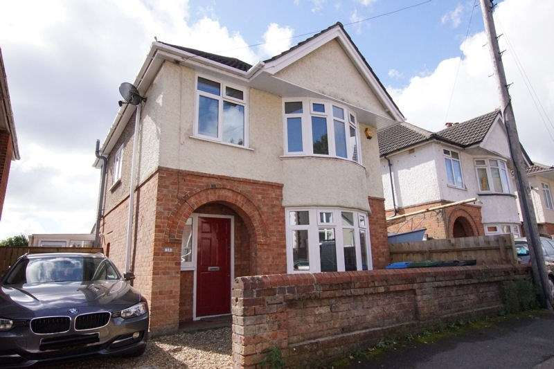 3 Bedrooms Detached House for sale in Palmerston Road, Alexandra Park, Poole