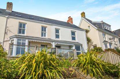 3 Bedrooms Terraced House for sale in Portscatho, Truro, Cornwall