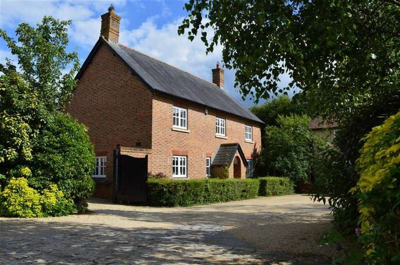 4 Bedrooms Detached House for sale in Abbotts Meadow, Poole, Dorset