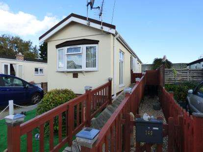 1 Bedroom Mobile Home for sale in Hayling Island, Hampshire