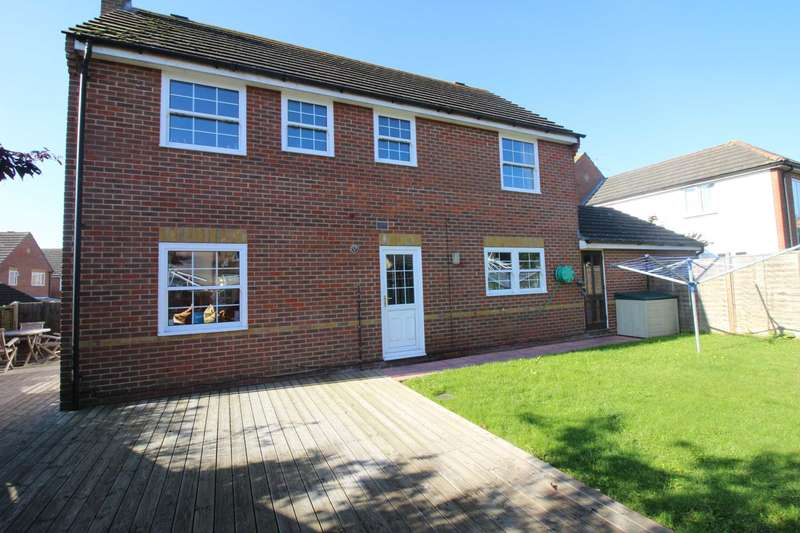 4 Bedrooms Detached House for sale in Wagtail Place, Kelvedon