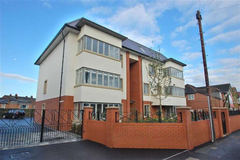 2 Bedrooms Flat for sale in The Sortings, Bramhall, Cheshire