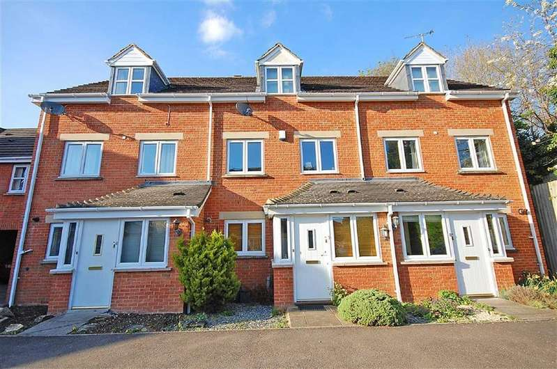 4 Bedrooms Town House for sale in Inglecote Close, Charlton Kings, Cheltenham, GL52
