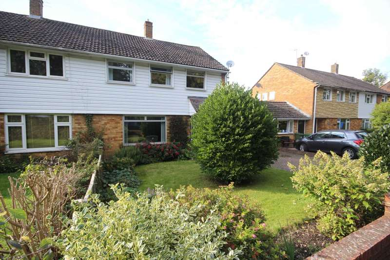 3 Bedrooms Semi Detached House for sale in Folders Lane, Bracknell