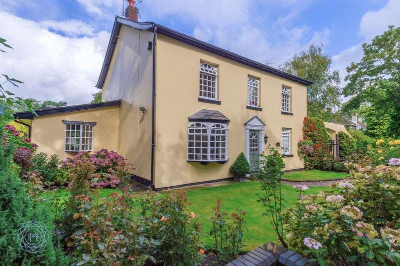 4 Bedrooms Detached House for sale in Twiss Green Lane, Culcheth, Warrington, WA3