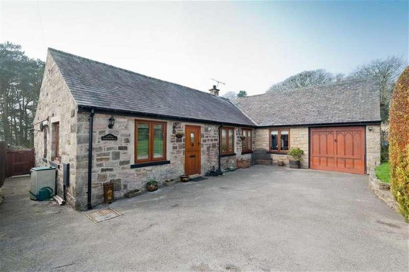 4 Bedrooms Bungalow for sale in Farnsworth, Ashford Lane, Ashford In The Water, Bakewell, DE45