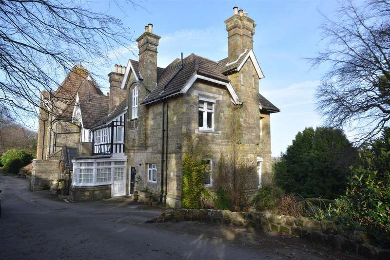 2 Bedrooms Apartment Flat for sale in Stonestile Lane, Hastings