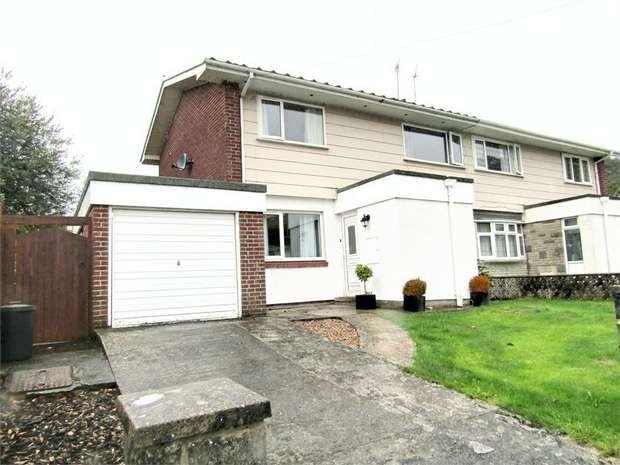 3 Bedrooms Semi Detached House for sale in Gwscwm Park, Burry Port, Carmarthenshire