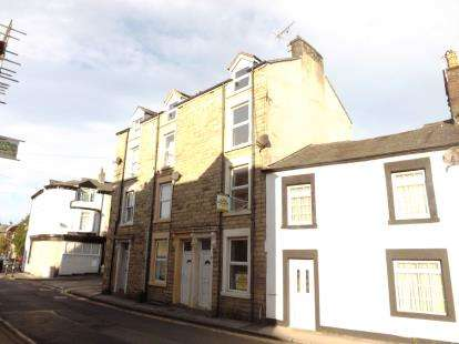 6 Bedrooms Terraced House for sale in Poulton Road, Morecambe, Lancashire, United Kingdom, LA4