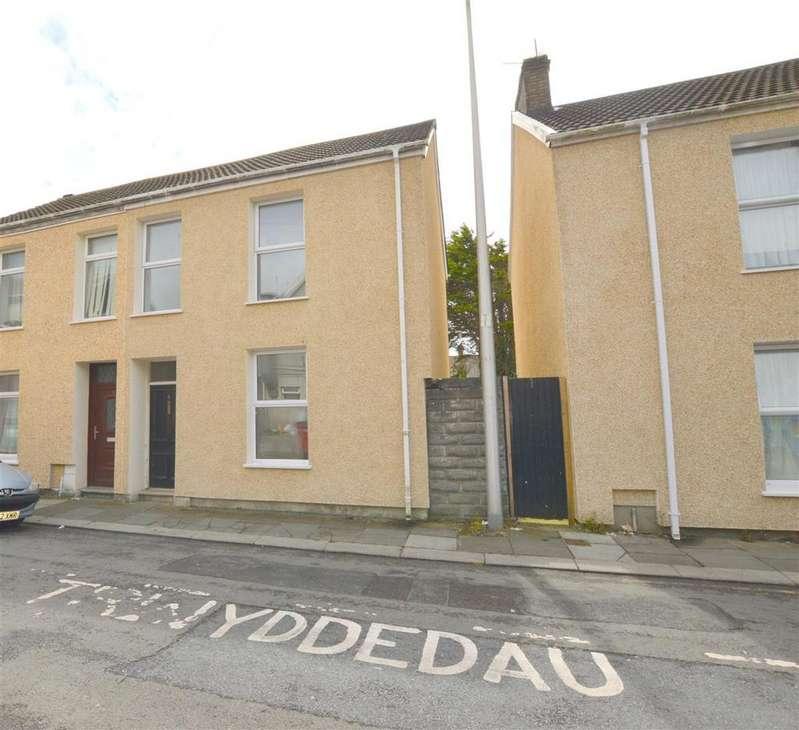 3 Bedrooms End Of Terrace House for sale in Upper Inkerman Street, Llanelli