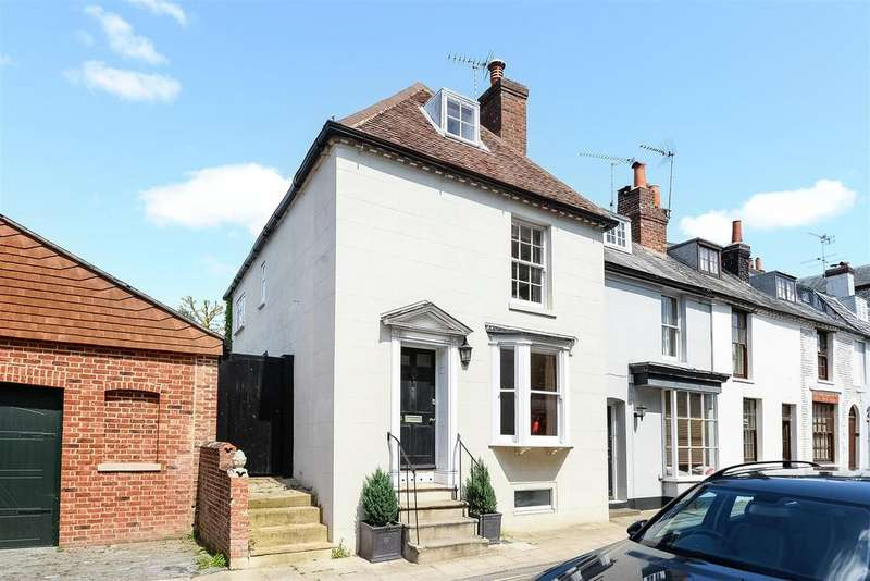 5 Bedrooms House for sale in Tarrant street, Arundel