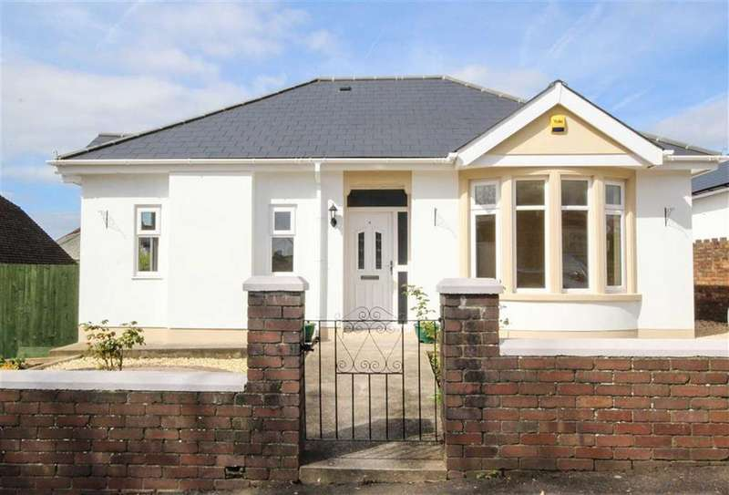 4 Bedrooms Detached House for sale in Manor Rise, Cardiff