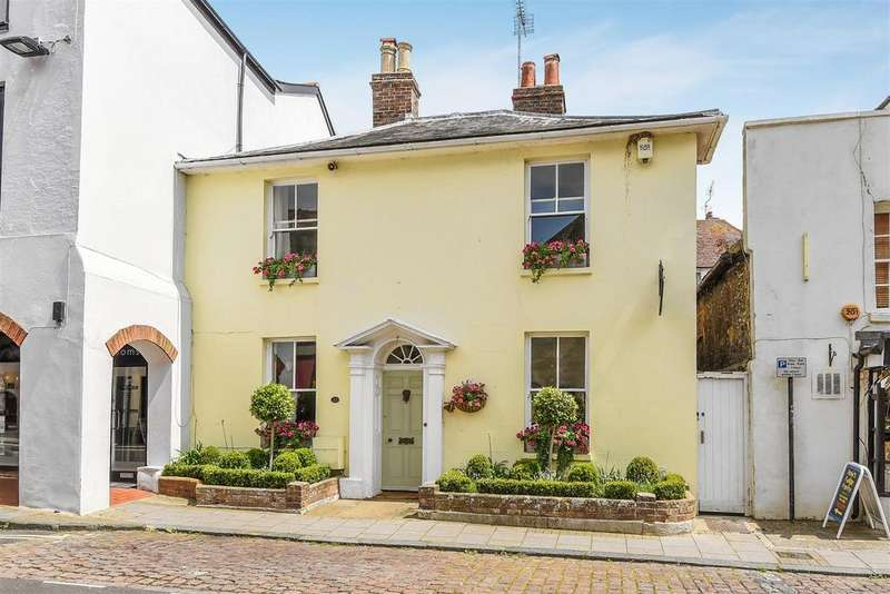 3 Bedrooms Semi Detached House for sale in High Street, Arundel