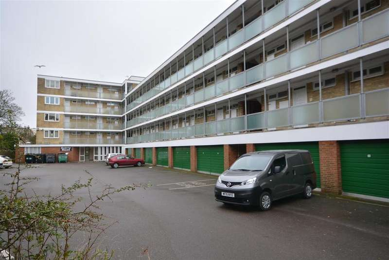 1 Bedroom Apartment Flat for sale in Quarry Hill, St. Leonards-On-Sea