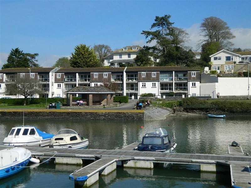 2 Bedrooms Apartment Flat for sale in Salt Quay Moorings, Embankment Road, Kingsbridge, Devon, TQ7