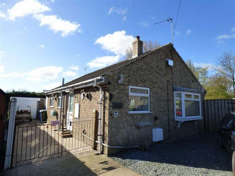 3 Bedrooms Detached Bungalow for sale in Hawthorn Close, Newport