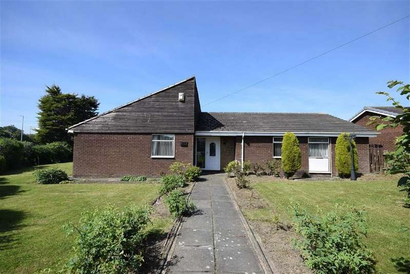 4 Bedrooms Detached Bungalow for sale in King George Road, South Shields