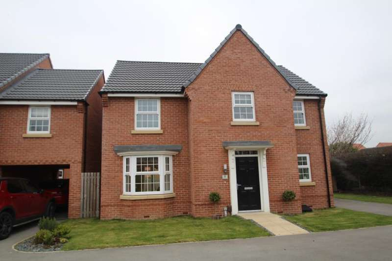 4 Bedrooms Detached House for sale in FRAZIER AVENUE, WAKEFIELD, WF2 9BJ