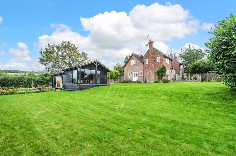 4 Bedrooms Semi Detached House for sale in New Barn Cottage, New Barn Road, Amberley, Arundel, BN18