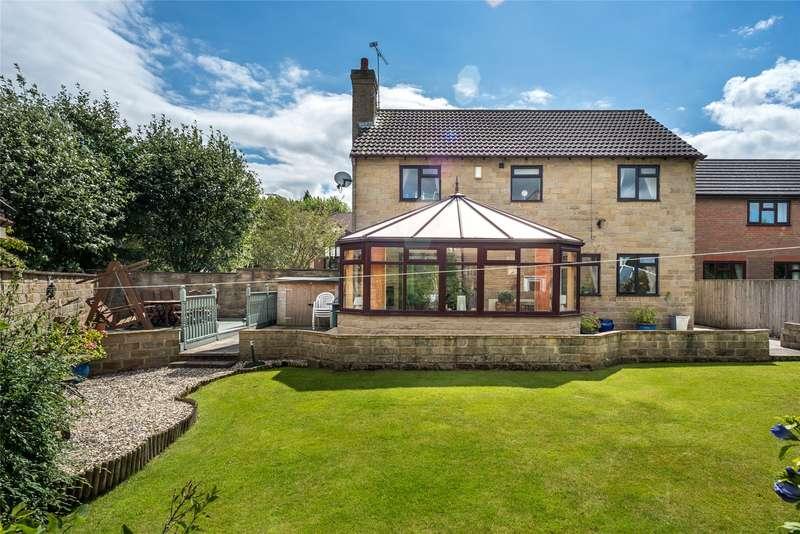 4 Bedrooms Detached House for sale in Wike Ridge Grove, Leeds, West Yorkshire, LS17