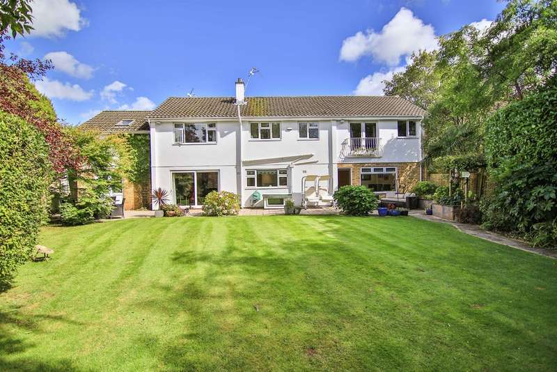 5 Bedrooms Detached House for sale in The Coppins, Lisvane, Cardiff