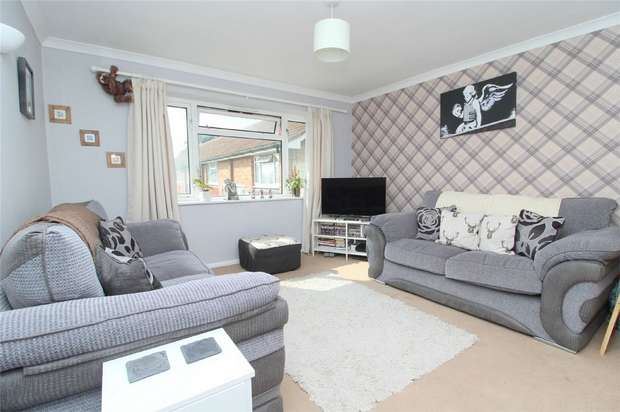 1 Bedroom Flat for sale in Florence Road, Old Feltham, Middlesex