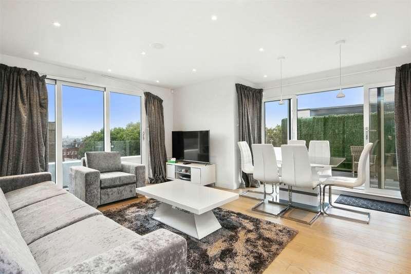 2 Bedrooms Flat for sale in Romney Court, Shepherds Bush, London