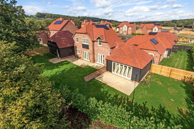 4 Bedrooms Detached House for sale in Colebrook Field, Bighton Hill, Ropley, Alresford, SO24